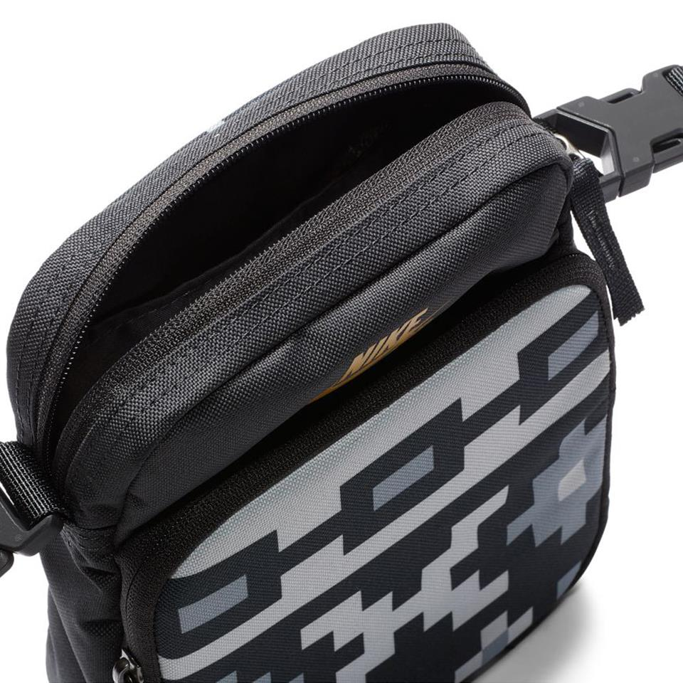 Nike SB Heritage Printed Skate Crossbody Bag - Anthracite/Sail/Dark Sulfur