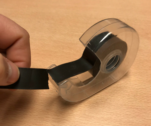 Magneet tape met dispenser