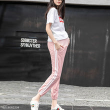 Load image into Gallery viewer, Spring & Summer Maternity  Loose Ninth Pants