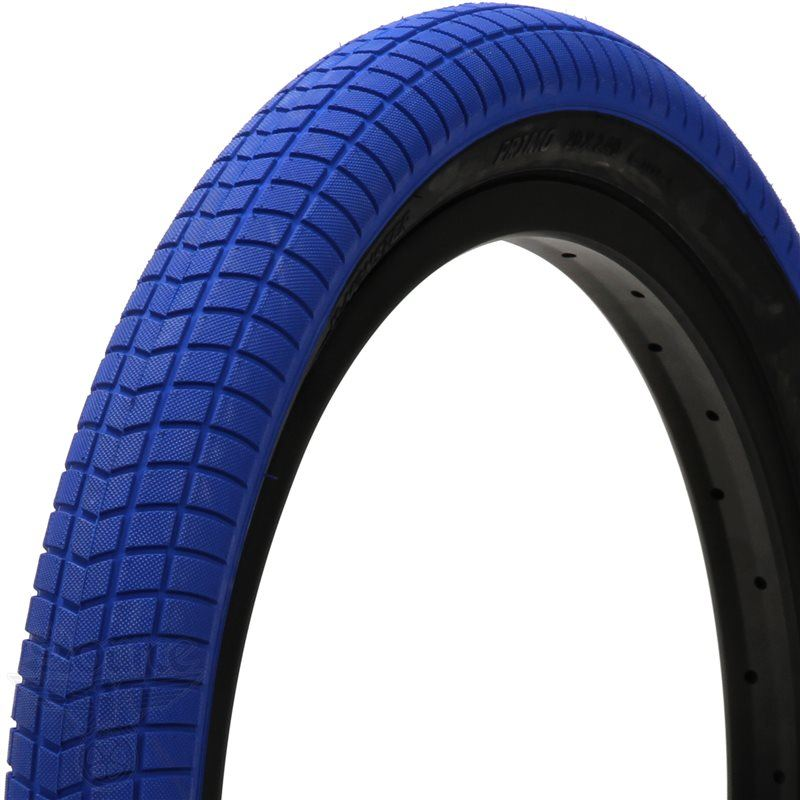 Primo V-Monster Tyre