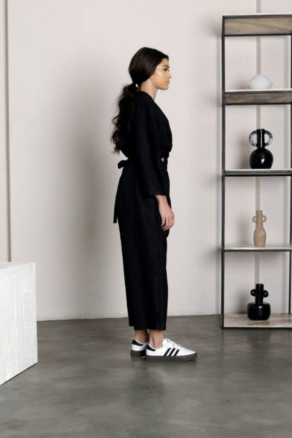 Black Oval Sleeve Jumpsuit
