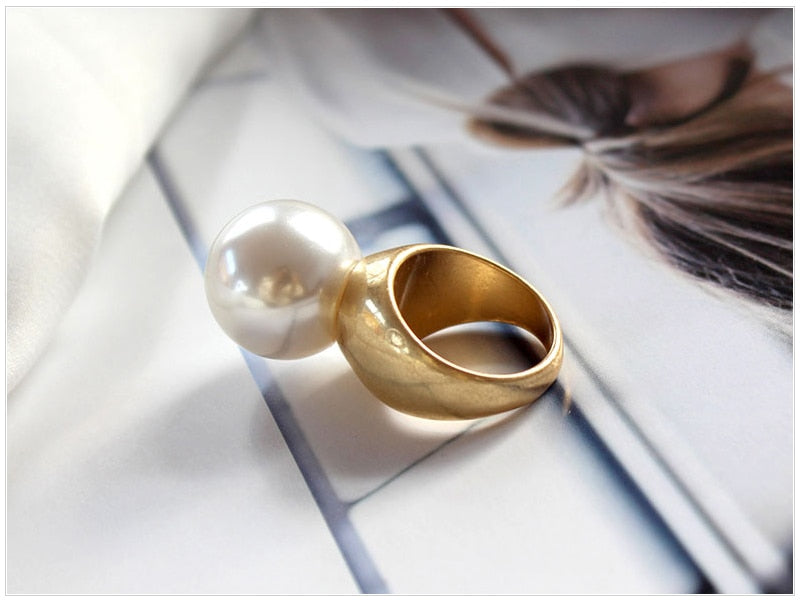 Round Imitation Pearl Vintage Ring Gold
