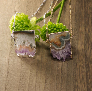 Pendant-necklace-Horizontal