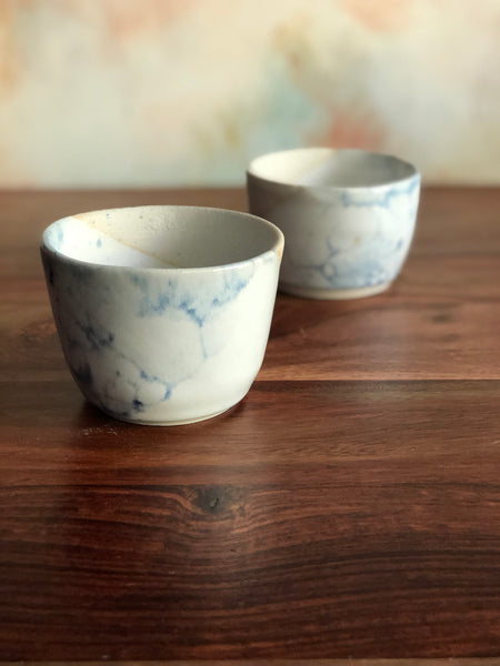 Diagonal white and blue bubble-glaze dip cups