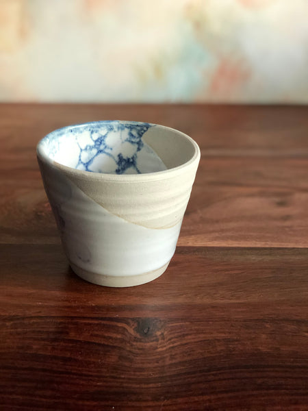 Diagonal white and blue bubble-glaze tumbler