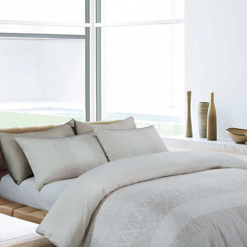 MADOLEN - LOFT PRIVE FITTED SHEET SET 300TC 50% TENCEL™ 50% BAMBOO