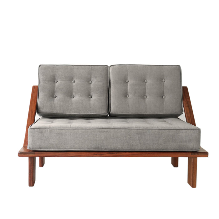 Momento Loveseat
