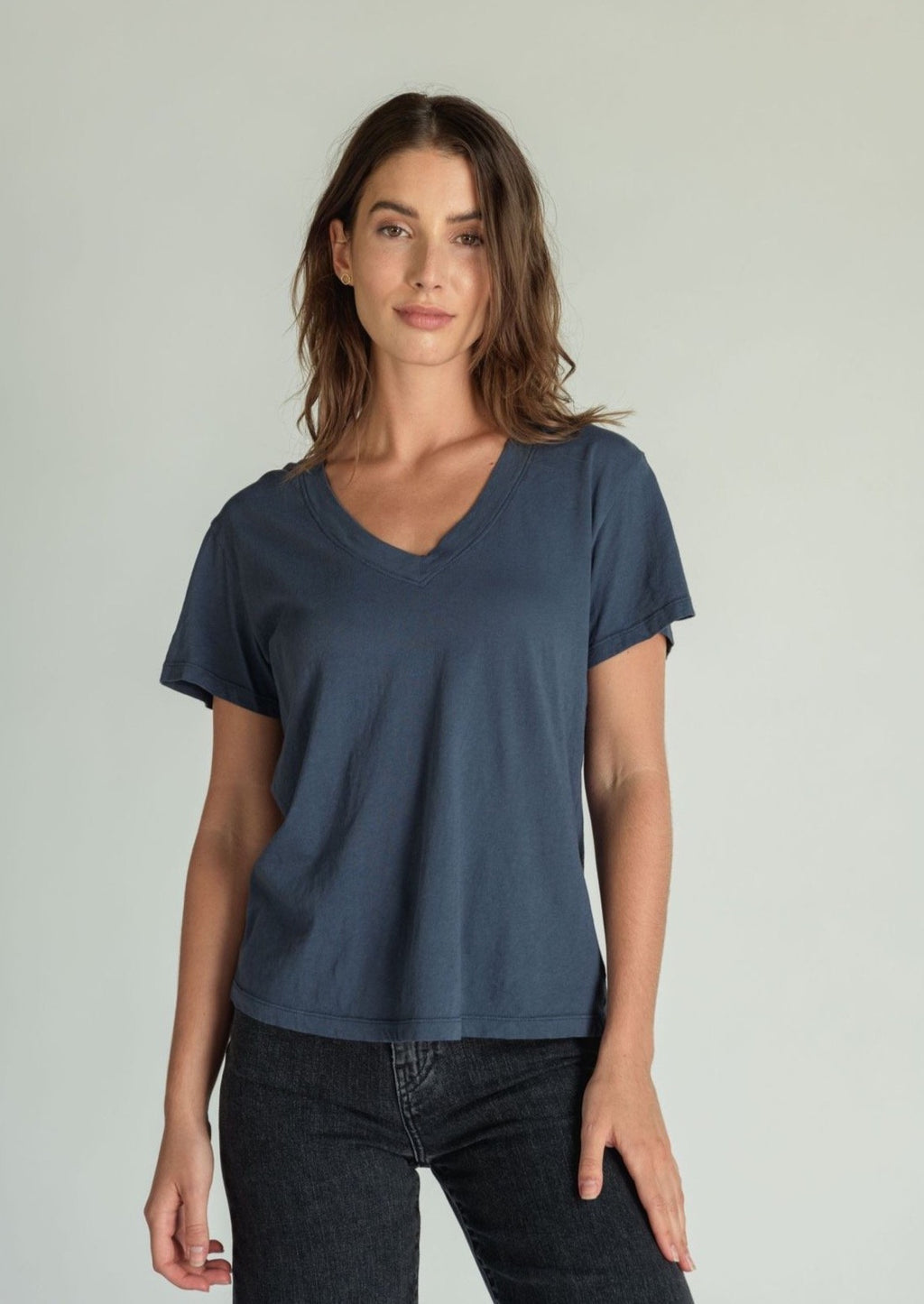 Hendrix Basic V Neck