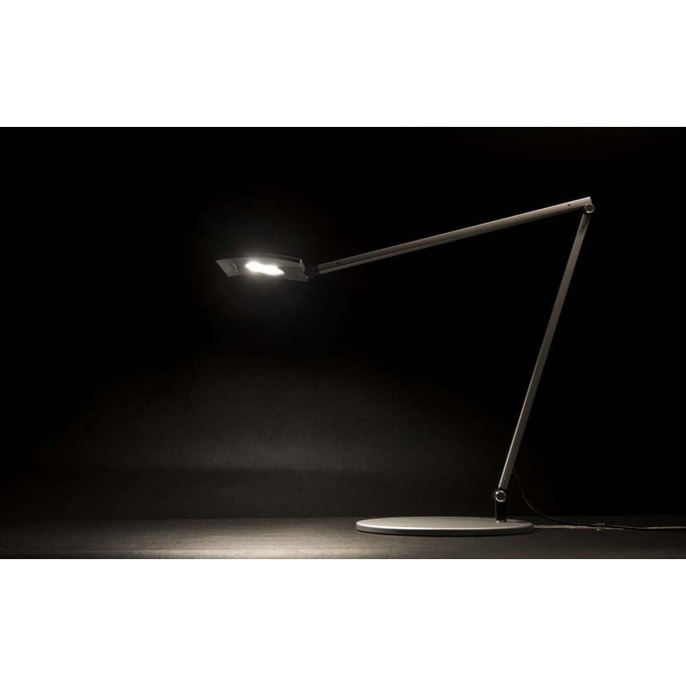 Mosso Pro LED desk lamp, metallic black finish cool light on
