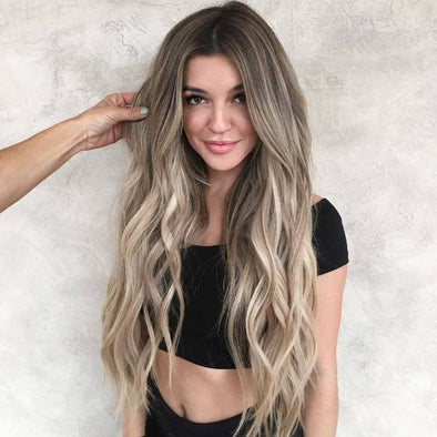 Golden Highlight Wavy Long Hair