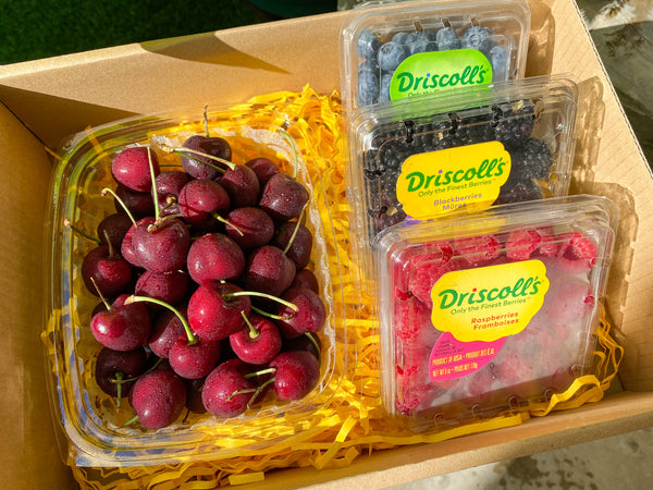 GIFT BOX 3 Berry Medley and Half Kg Cherries