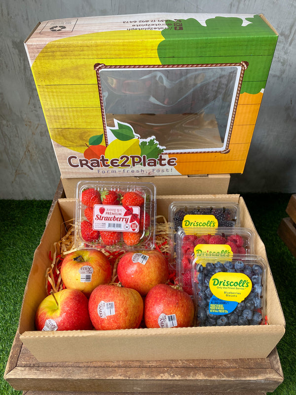 Gift Box KOR Strawberry | 3 Berry Medley | US Red Delicious Apples