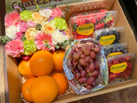 Large Flower Gift Box with 4 Berry Medley, Oranges and Red Grapes