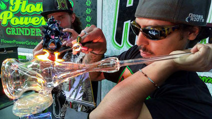 Malachi glassblowing live at Denver Myxed Up Creations