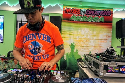 Steve Gonzo AKA Smartin Up plays at Myxed Up Aurora