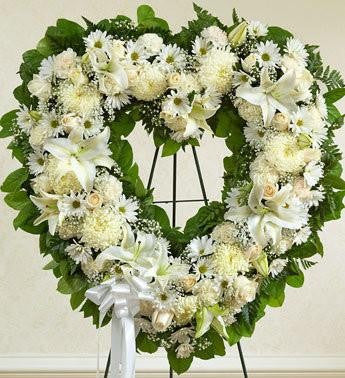 Always Remember Heart Tribute - White - Beaudry Flowers