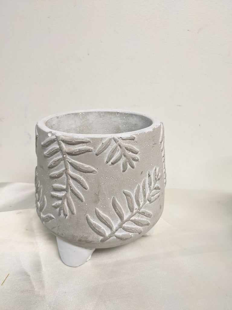 Leaf Pedestal Pot 5x4.75""