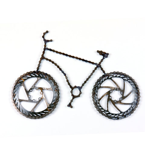 Lance Wall 3 - Bicycle wall art sculpture, made of bicycle chains