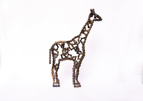 Giraffe 2 - Giraffe sculpture, made of bicycle chains