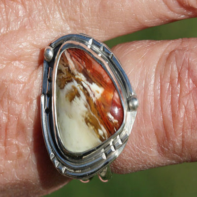 Translucent Petrified Wood Ring - Beautiful Details   Sz 8 1/2