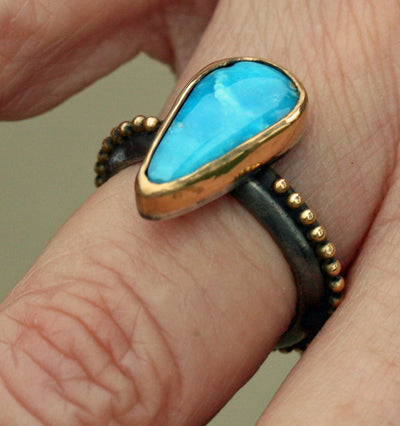 Circle of Gold Turquoise Ring   Size 6