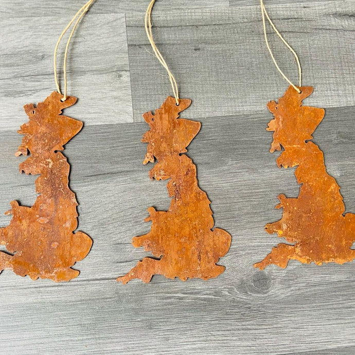 Rusty Hanging Great Britain Silhouette Decoration