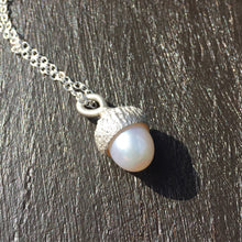 Load image into Gallery viewer, Sterling silver & Pearl Acorn necklace, Acorn Pendant