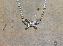Load image into Gallery viewer, Sterling silver bow necklace