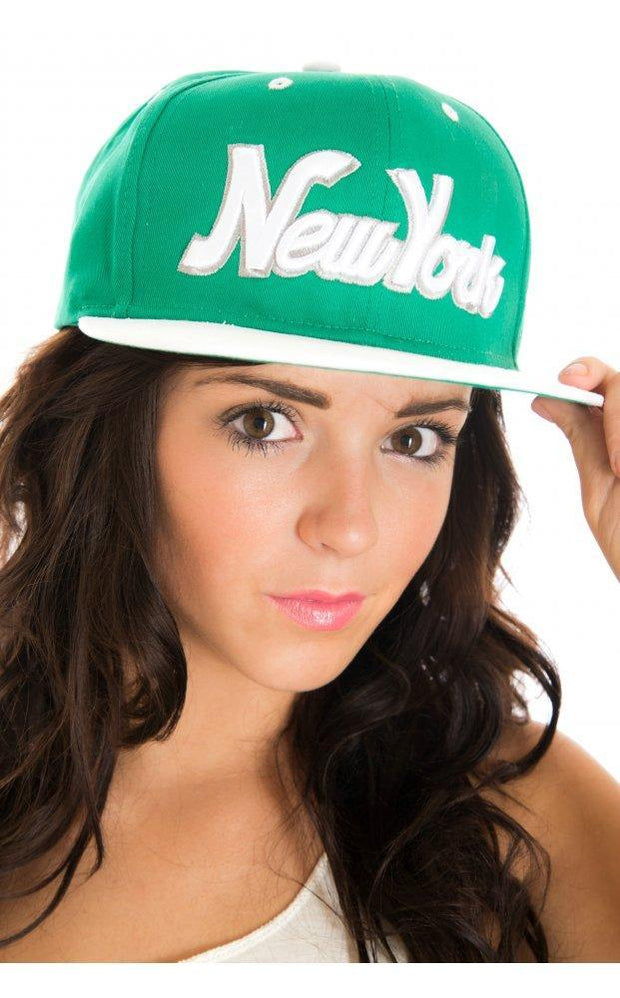 New York Snap Back Cap In Green