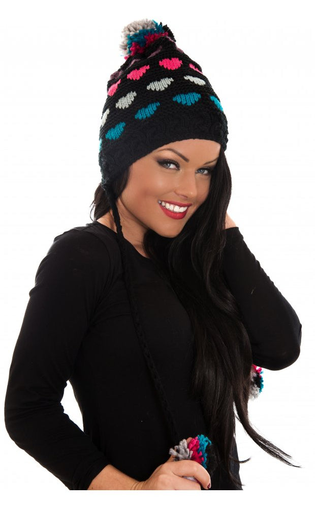 Dakota Pom Pom Hat In Black