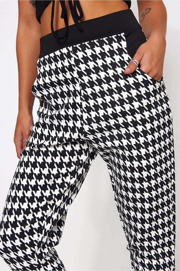 Elisa Black & White Dogtooth Trousers