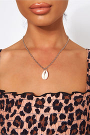 Sea Shell Pendant Silver Necklace