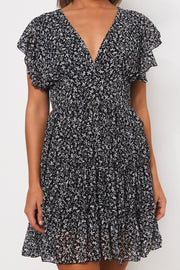 Darna Black Floral Shift Dress