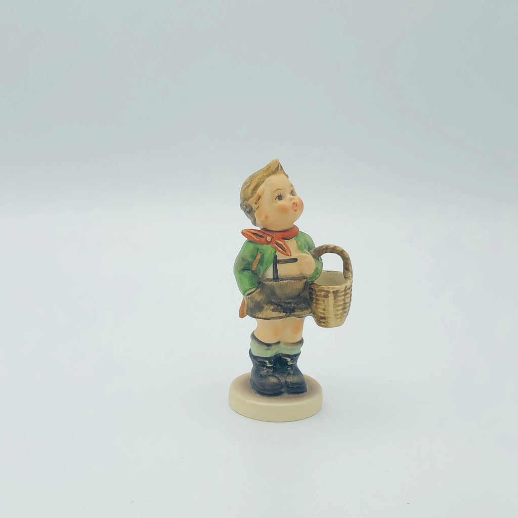 "GOEBEL HUMMEL ""Village Boy"" # 51 3/0, TMK3  - Beautiful piece from the 1960's"