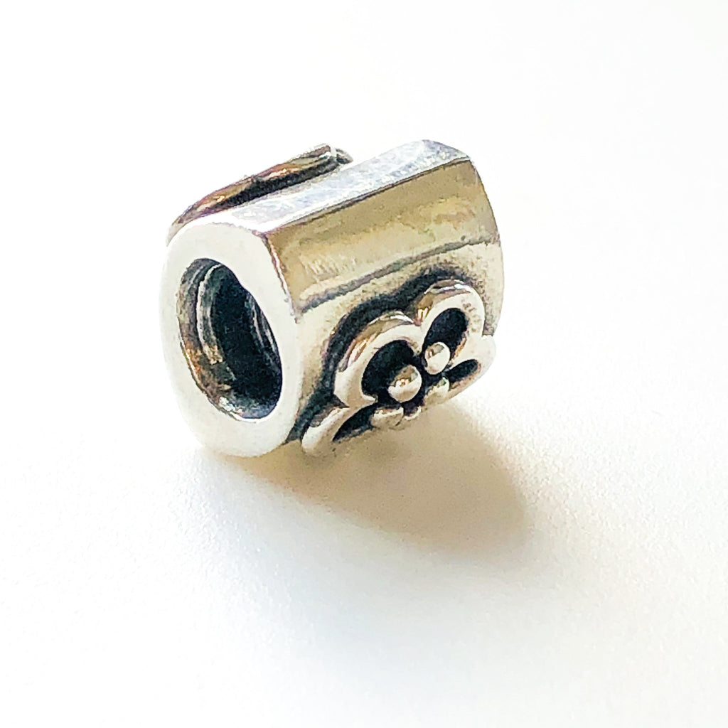 PANDORA DAISY CHARM Bead #790187 Sterling Silver Retired