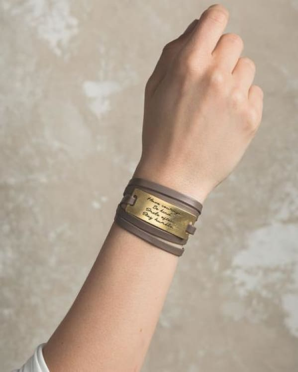 Leather Wrap [Taupe] L&e Urban Escape