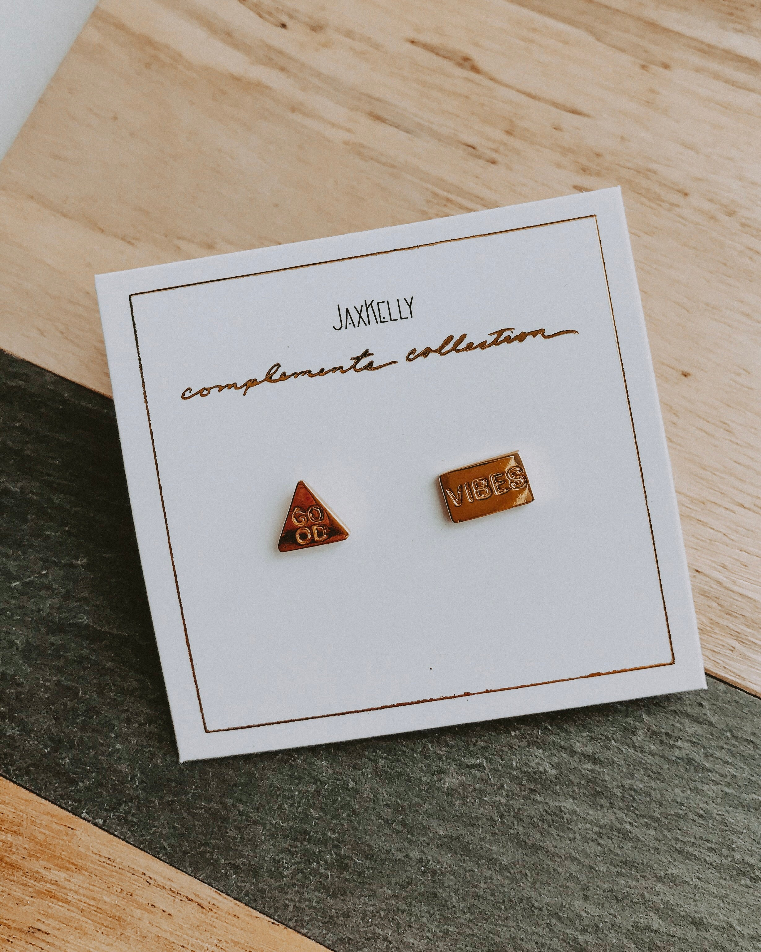 COMPLEMENTS COLLECTION EARRINGS [good vibes]