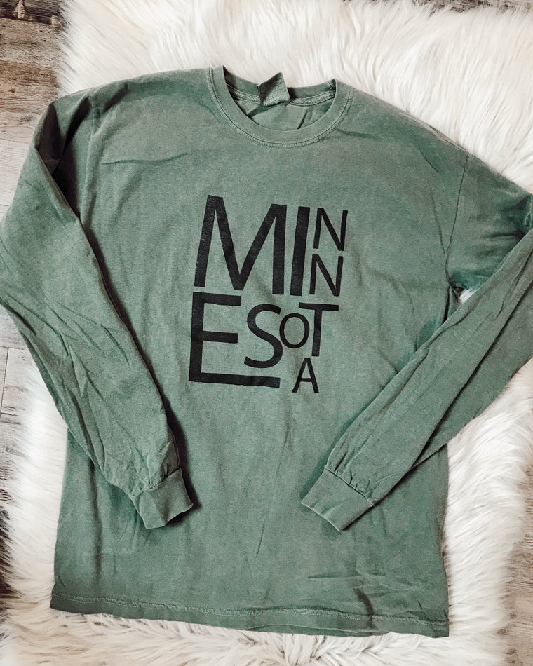explore MINNESOTA long sleeve graphic tee [olive green]