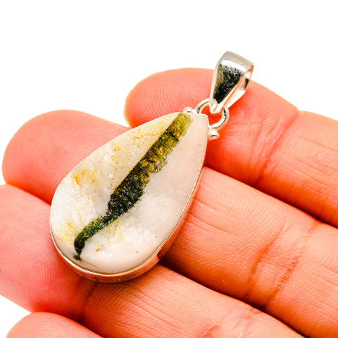 Green Quartz Crystal Pendants handcrafted by Ana Silver Co - PD744965