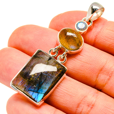 Labradorite Pendants handcrafted by Ana Silver Co - PD746938