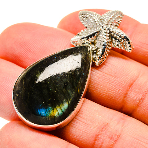 Labradorite Pendants handcrafted by Ana Silver Co - PD747086