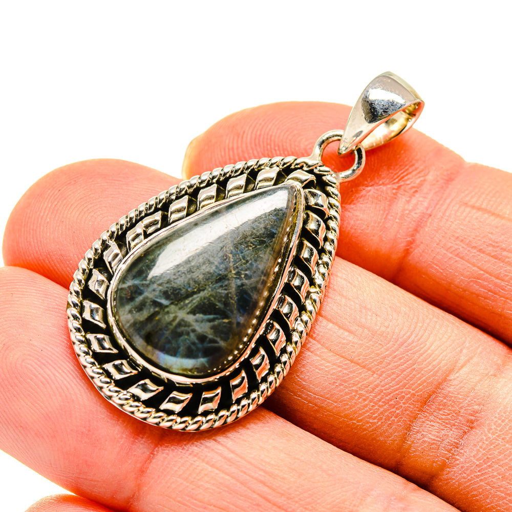 Labradorite Pendants handcrafted by Ana Silver Co - PD747723