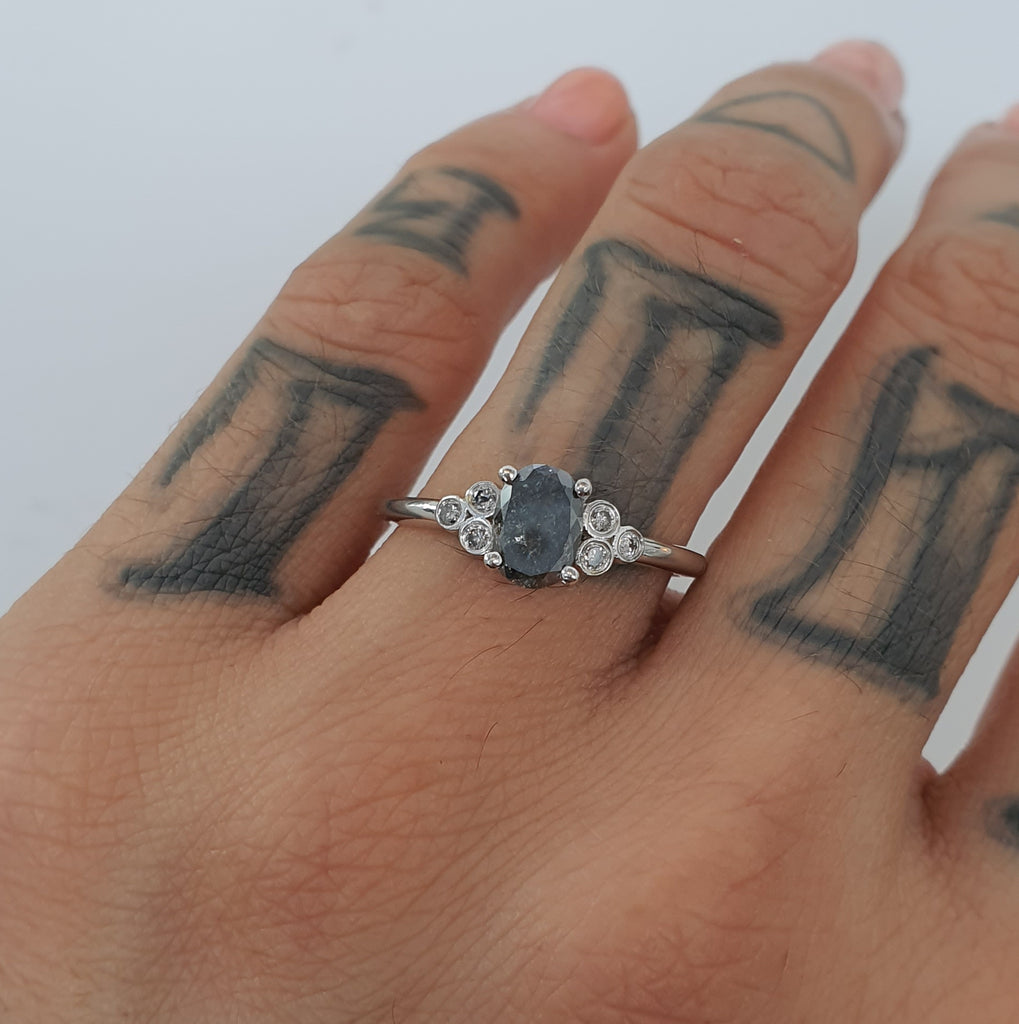 Salt and Pepper Stellar Ring