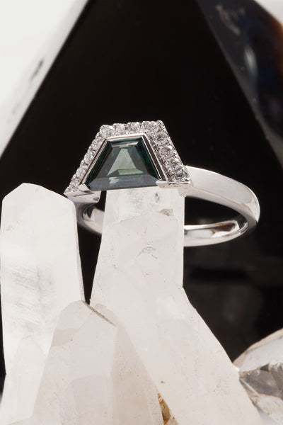 Bespoke: Geometrical Blue Diamond