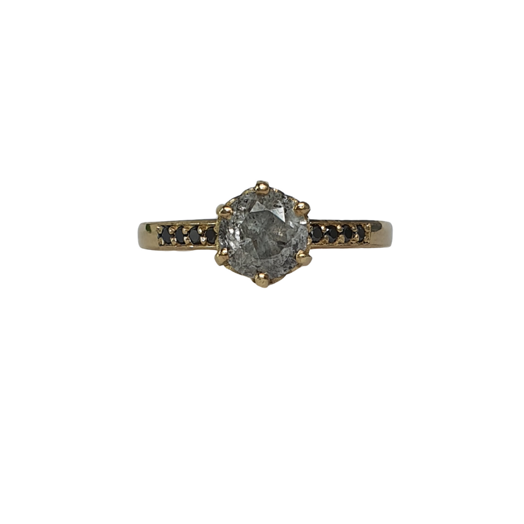 Salt and Pepper Diamond Poppy Solitaire - Size J 1/2