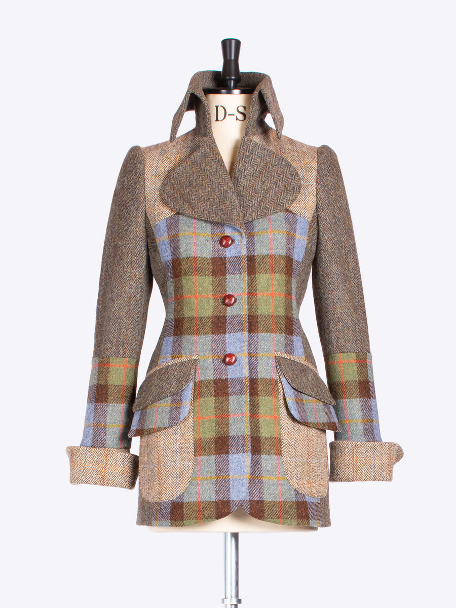 ladies tailoring - MacLeod, moss green and beige tweed jacket with a twist