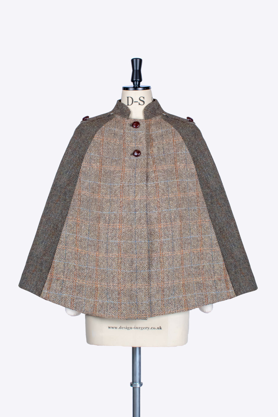 Beige and moss green Harris Tweed wool Nehru short cape