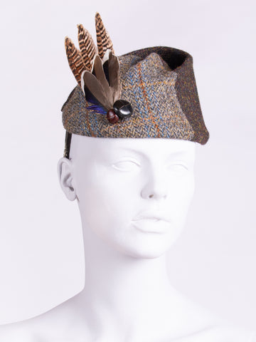 Short feather highland hat - hat for races