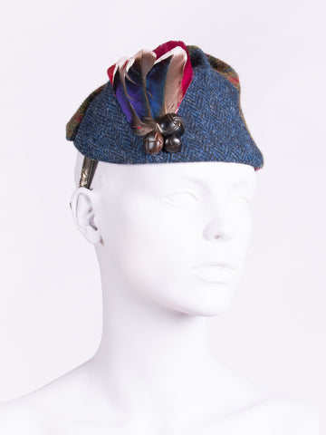 navy blue and green short feather highland hat