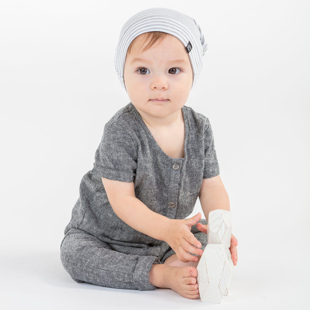 SHORT SLEEVE SNAP ROMPER VONBON BLACK CHAMBRAY ORGANIC COTTON ONESIE BABY INFANT GIFT ROLLED CUFF